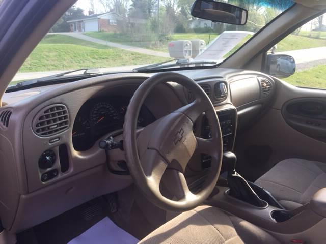 2004 Chevrolet TrailBlazer LS 4WD 4dr SUV - Spencer IN