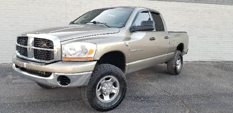 2006 Dodge Ram Pickup 2500 for sale at LA Motors LLC in Denver CO