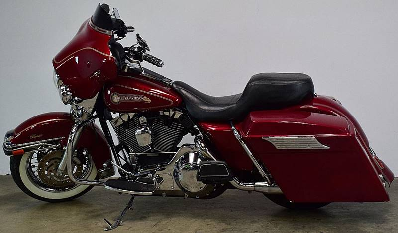 2005 HarleyDavidson Electra Glide Salvage Title As is Cash Only