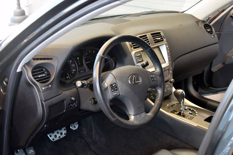 Image 5 of Lexus: IS Base 4dr Sedan…