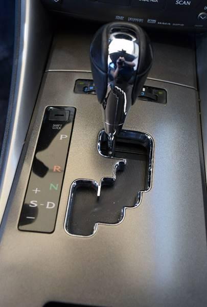 Image 9 of Lexus: IS Base 4dr Sedan…