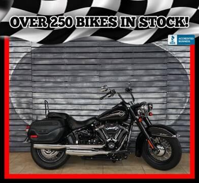 2018 Harley-Davidson Heritage Classic for sale at AZautorv.com in Mesa AZ