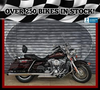 2011 Harley-Davidson Road King for sale at AZautorv.com in Mesa AZ