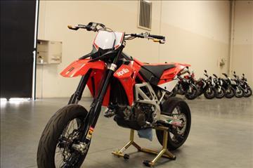 2009 Aprilia MXV 450