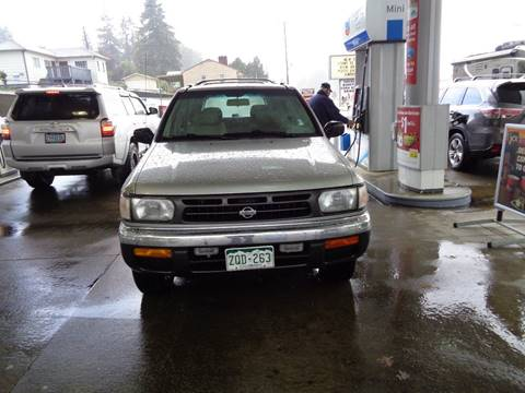 1998 Nissan Pathfinder for sale in Rainier, OR