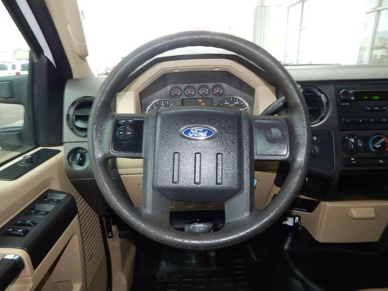 2010 Ford F-250 Super Duty 4x4 XL 4dr Crew Cab 6.8 ft. SB Pickup - Mcalester OK