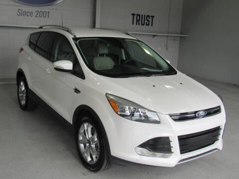 2014 Ford Escape for sale at TANQUE VERDE MOTORS in Tucson AZ