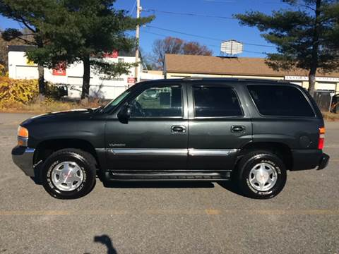 2003 GMC Yukon for sale at D'Ambroise Auto Sales in Lowell MA