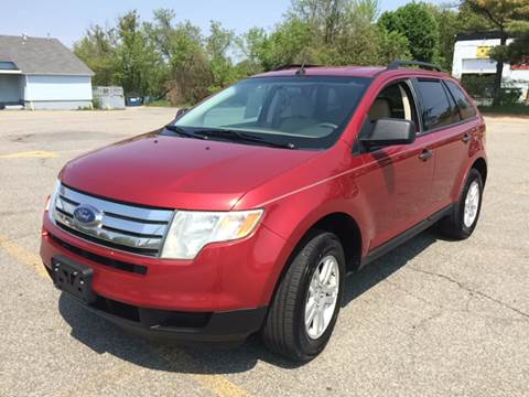 2007 Ford Edge for sale at D'Ambroise Auto Sales in Lowell MA