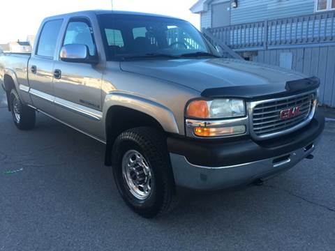 2002 GMC Sierra 2500HD for sale in Lowell, MA