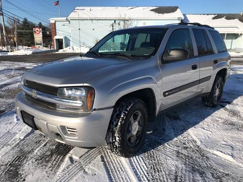 2004 Chevrolet TrailBlazer LS for sale at D'Ambroise Auto Sales in Lowell MA