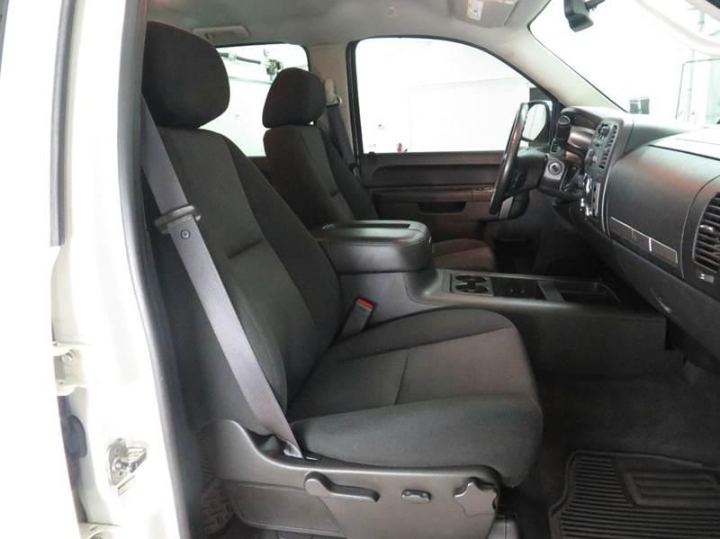 2011 Chevrolet Silverado 1500 4x4 LT 4dr Crew Cab 5.8 ft. SB - Hudsonville MI
