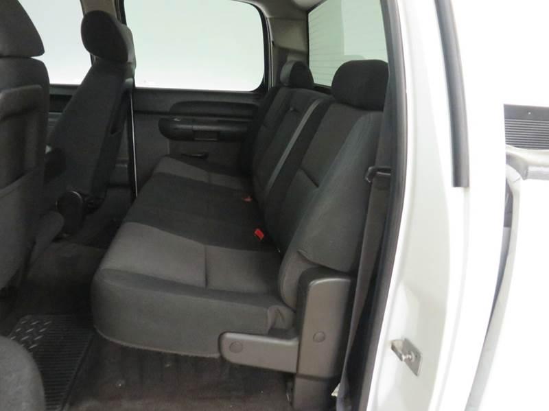 2010 Chevrolet Silverado 1500 4x4 LS 4dr Crew Cab 5.8 ft. SB - Hudsonville MI
