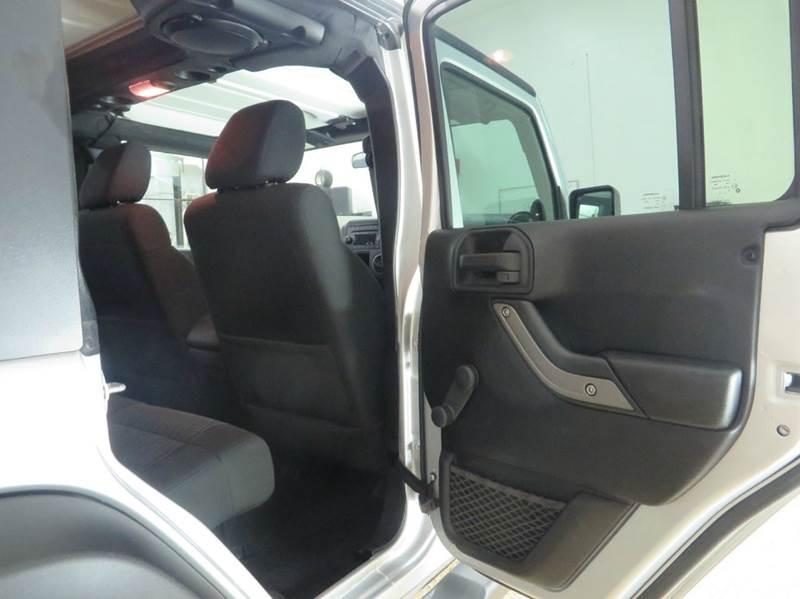 2011 Jeep Wrangler Unlimited 4x4 Sport 4dr SUV - Hudsonville MI