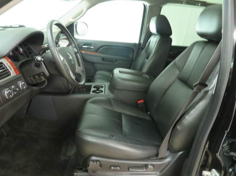2013 GMC Yukon XL 4x4 SLT 1500 4dr SUV - Hudsonville MI