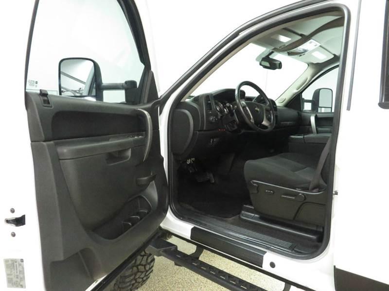 2011 Chevrolet Silverado 2500HD 4x4 LT 4dr Crew Cab LB - Hudsonville MI