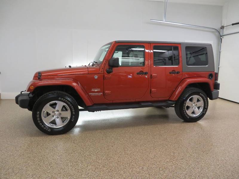 2009 Jeep Wrangler Unlimited 4x4 Sahara 4dr SUV W/ Front Side Airbags    Hudsonville MI