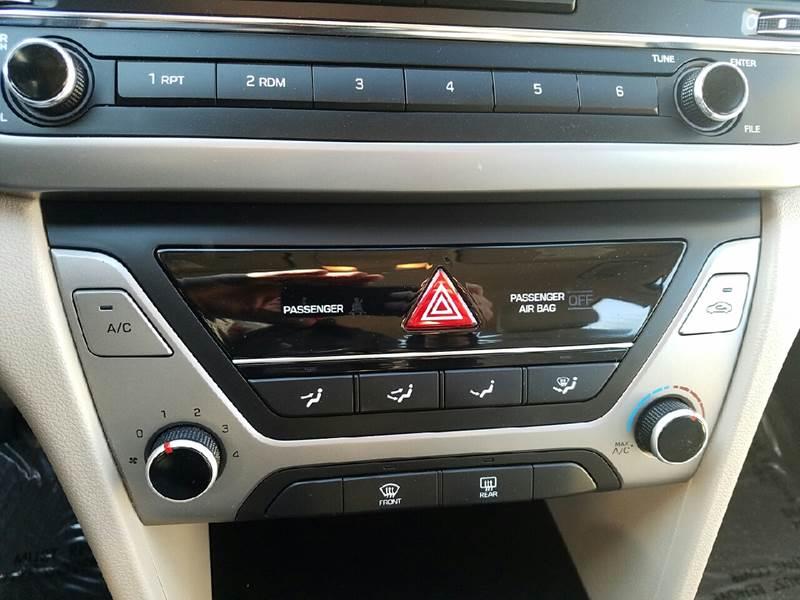 2017 Hyundai Elantra SE 4dr Sedan 6A (US) - Salt Lake City UT