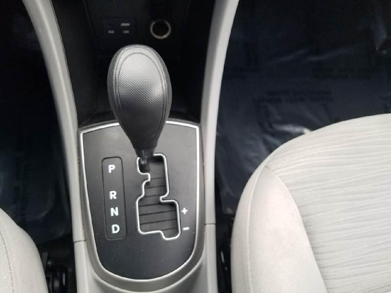 2016 Hyundai Accent SE 4dr Sedan 6A - Salt Lake City UT
