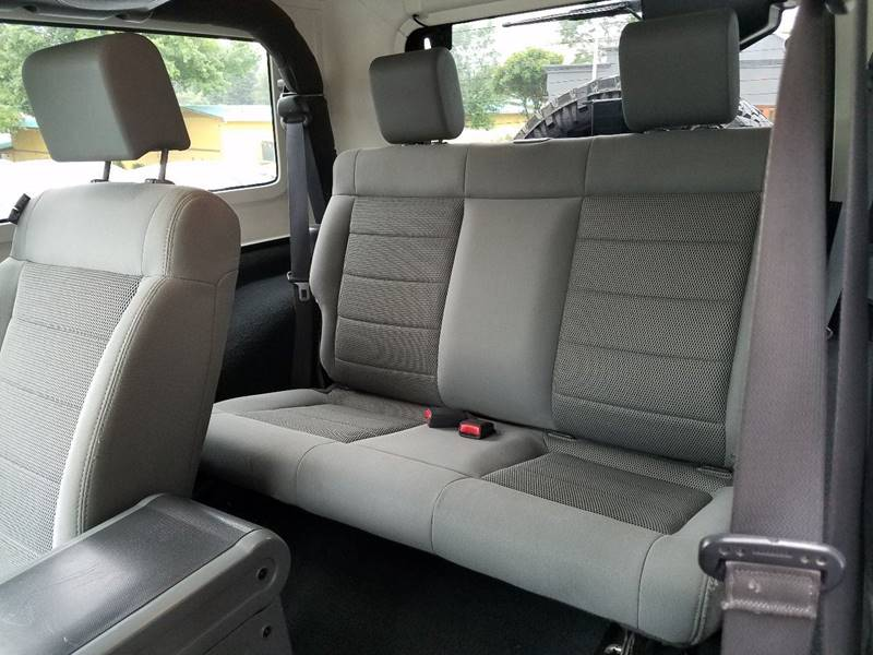 2009 Jeep Wrangler 4x4 Rubicon 2dr SUV w/ Front Side Airbags - Redding CA