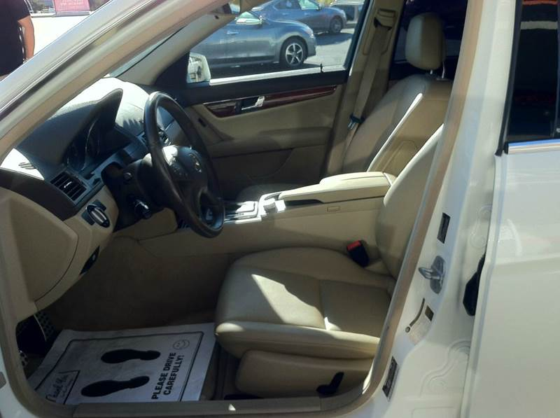 2010 Mercedes-Benz C-Class C 300 Luxury 4dr Sedan - Redding CA