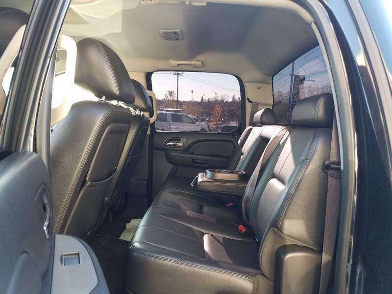 2012 Chevrolet Silverado 2500HD 4x4 LTZ 4dr Crew Cab SB - Redding CA