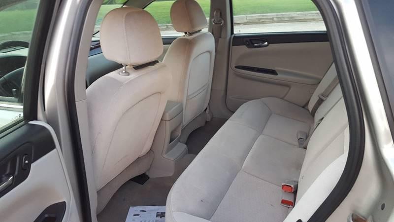 2008 Chevrolet Impala LS 4dr Sedan - Mchenry IL