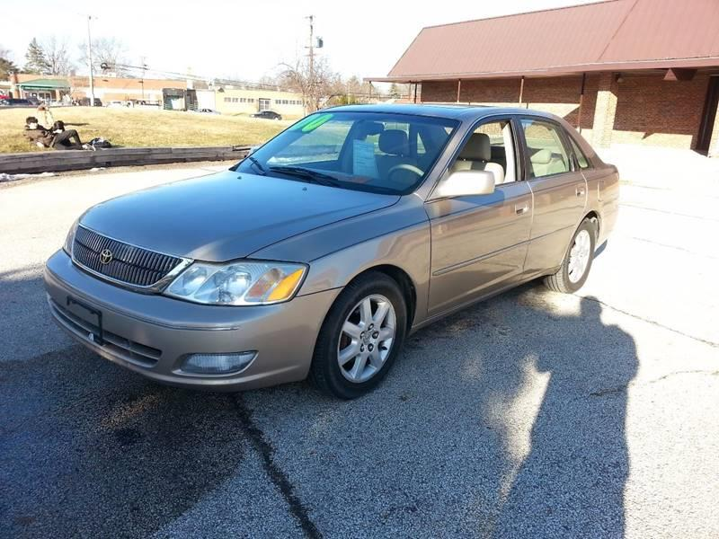 2000 Toyota Avalon XLS 4dr Sedan - Mchenry IL