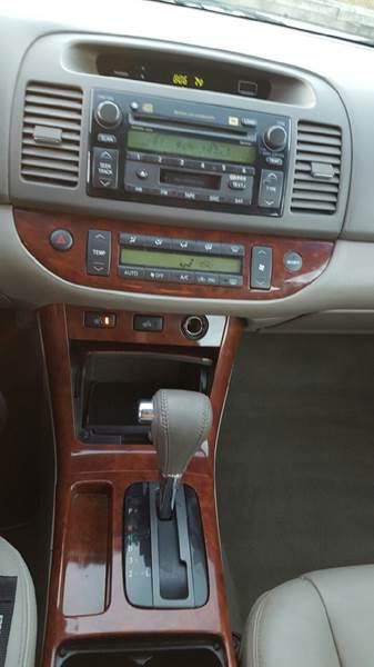 2006 Toyota Camry XLE 4dr Sedan - Waukegan IL