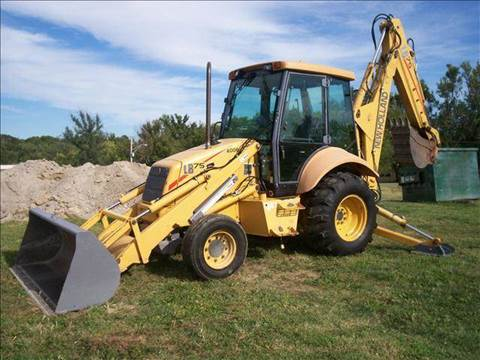 2000 New Holland LB75