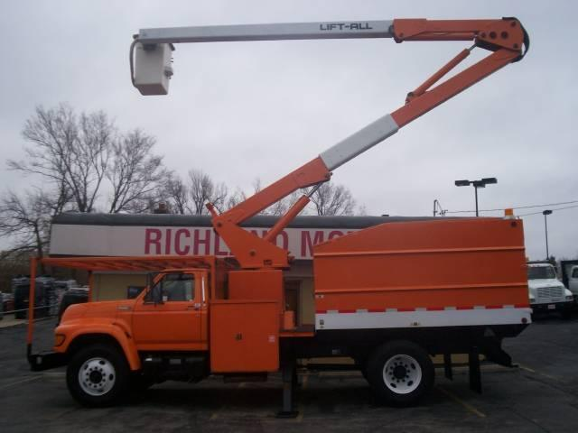 1997 Ford F-800 Bucket/Forestry In Kansas City MO