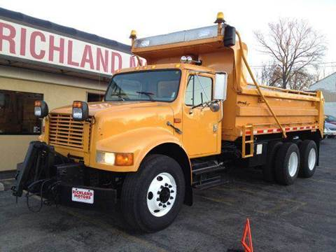 1999 International 4900 for sale in Kansas City, MO