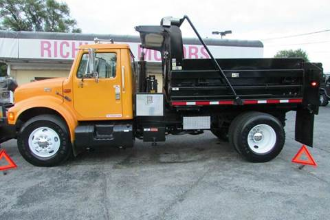2002 International 4900 for sale in Kansas City, MO