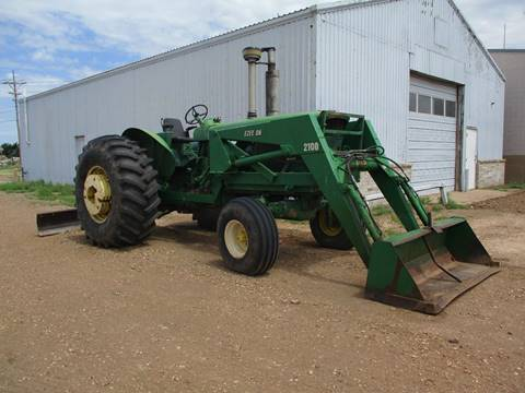 1970 John Deere 4520 tractor  for sale in Liberal, KS