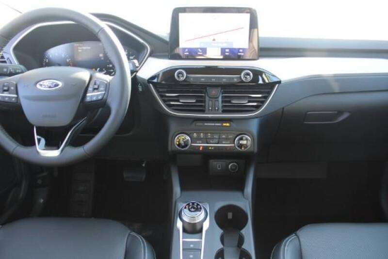 2020 Ford Escape SEL (image 16)