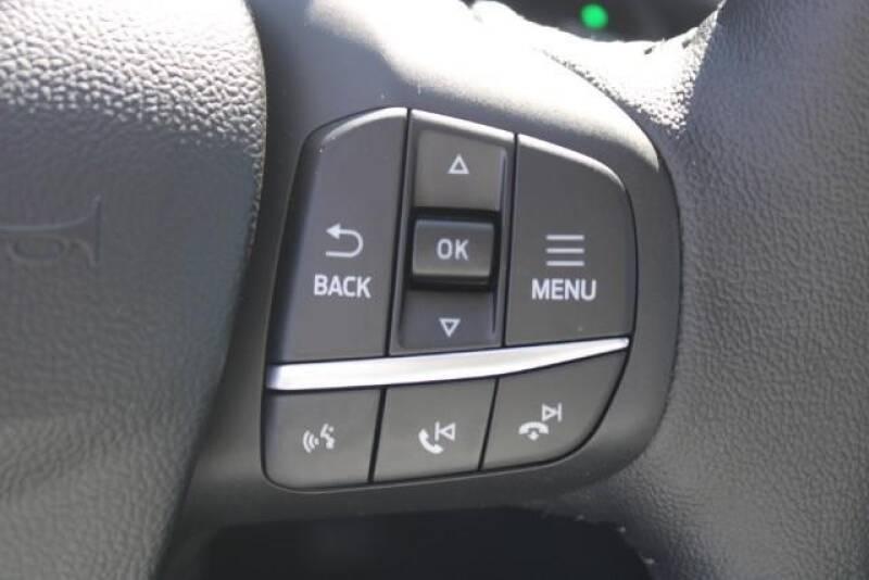 2020 Ford Escape SEL (image 25)