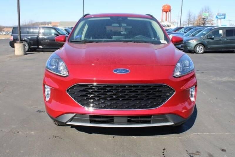 2020 Ford Escape SEL (image 11)