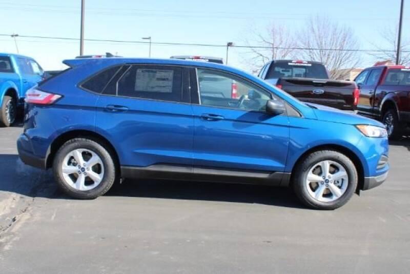 2020 Ford Edge SE (image 2)