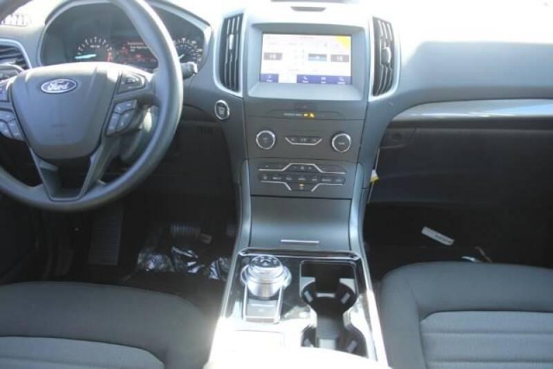 2020 Ford Edge SE (image 14)
