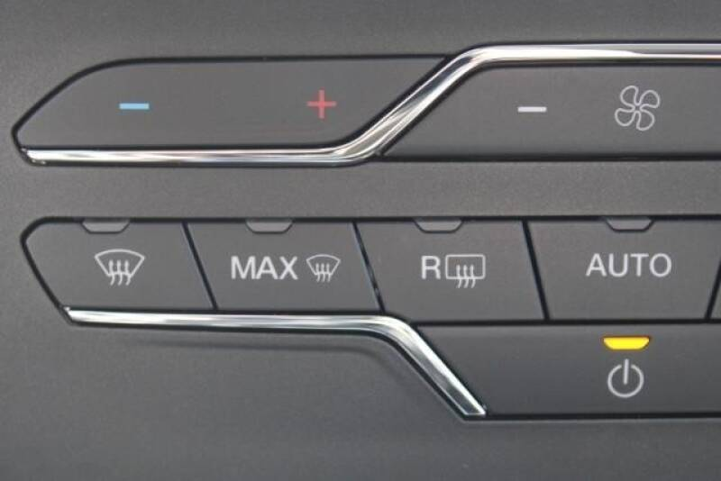 2020 Ford Edge SE (image 27)