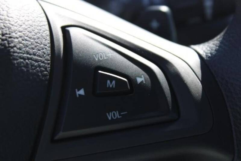 2020 Ford Edge SE (image 24)