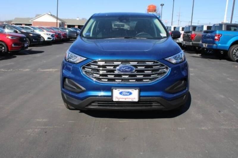2020 Ford Edge SE (image 9)