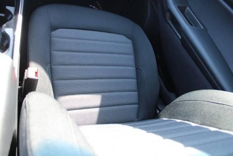 2020 Ford Edge SE (image 16)