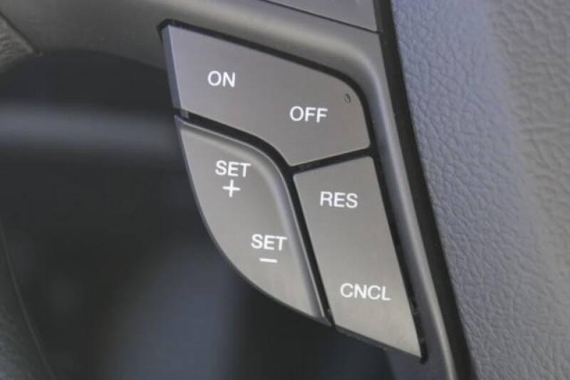 2020 Ford Edge SE (image 23)