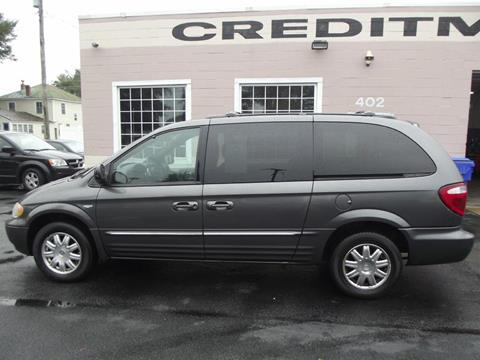 2004 Chrysler Town and Country for sale in Suffolk, VA