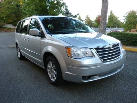 2010 Chrysler Town and Country for sale in Renton, WA