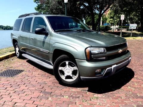 2004 Chevrolet TrailBlazer EXT for sale at PUTNAM AUTO SALES INC in Marietta OH