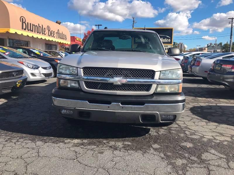 photo chevrolet cab silverado details lifted truck vehicle bed regular short