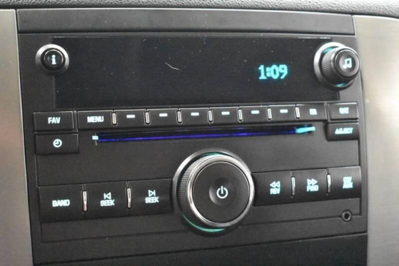 2009 Chevrolet Avalanche 4x2 LS Crew Cab 4dr - Grand Rapids MI