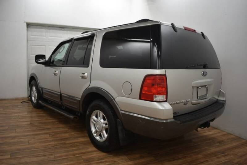 2004 Ford Expedition XLT 4WD 4dr SUV - Grand Rapids MI
